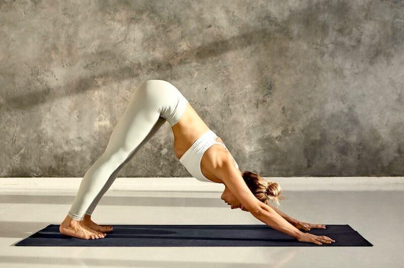 Yoga, Salutation au Soleil : Tous les avantages qu'elle représente